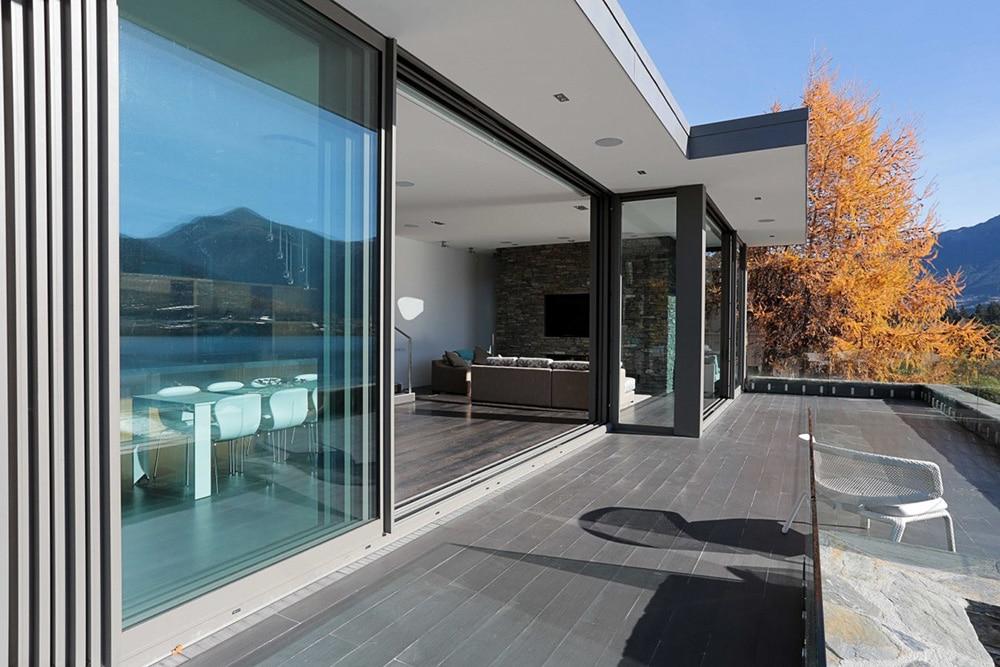 big glass multi slide doors in a modern home in tucson az